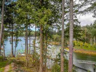 "Photo 5: 26A 12849 LAGOON Road in Madeira Park: Pender Harbour Egmont Condo for sale in ""PAINTED BOAT RESORT AND SPA"" (Sunshine Coast)  : MLS®# R2405420"