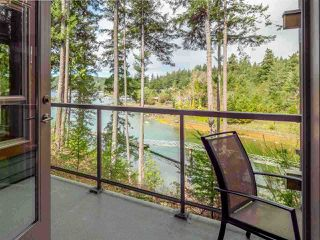 "Photo 4: 26A 12849 LAGOON Road in Madeira Park: Pender Harbour Egmont Condo for sale in ""PAINTED BOAT RESORT AND SPA"" (Sunshine Coast)  : MLS®# R2405420"