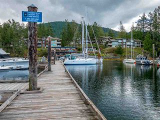 "Photo 18: 26A 12849 LAGOON Road in Madeira Park: Pender Harbour Egmont Condo for sale in ""PAINTED BOAT RESORT AND SPA"" (Sunshine Coast)  : MLS®# R2405420"