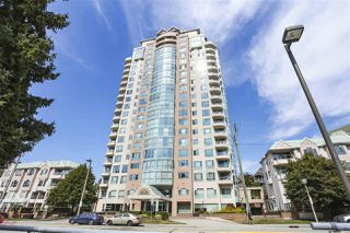 "Photo 2: 2201 3071 GLEN Drive in Coquitlam: North Coquitlam Condo for sale in ""PARC LAURANT"" : MLS®# R2443503"