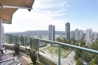 "Photo 18: 2201 3071 GLEN Drive in Coquitlam: North Coquitlam Condo for sale in ""PARC LAURANT"" : MLS®# R2443503"