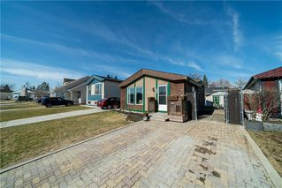 Photo 2: 42 Lechman Place in Winnipeg: River Park South Residential for sale (2F)  : MLS®# 202008597
