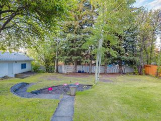 Photo 39: 32 GREENWOOD Crescent SW in Calgary: Glamorgan Detached for sale : MLS®# C4301790