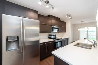 Photo 4: 1014 177A Street SW in Edmonton: Zone 56 House Half Duplex for sale : MLS®# E4204594