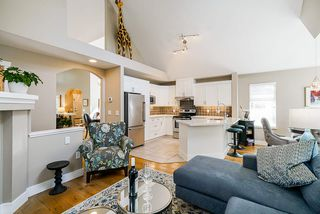 """Photo 9: 111 15500 ROSEMARY HEIGHTS Crescent in Surrey: Morgan Creek Townhouse for sale in """"CARRINGTON"""" (South Surrey White Rock)  : MLS®# R2488951"""