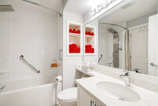 """Photo 4: 111 15500 ROSEMARY HEIGHTS Crescent in Surrey: Morgan Creek Townhouse for sale in """"CARRINGTON"""" (South Surrey White Rock)  : MLS®# R2488951"""