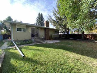 Photo 12: 2211 85 Street in Edmonton: Zone 29 House for sale : MLS®# E4211803