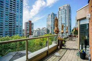 "Photo 1: 602 1488 HORNBY Street in Vancouver: Yaletown Condo for sale in ""Pacific Promenade"" (Vancouver West)  : MLS®# R2500207"