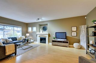Photo 3: 2 2733 PARKWAY DRIVE in Surrey: King George Corridor Home for sale ()  : MLS®# R2120118