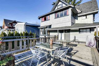 Photo 4: 323 E 24TH Street in North Vancouver: Central Lonsdale House for sale : MLS®# R2522550