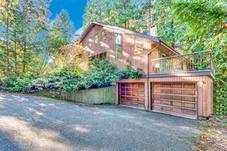Main Photo: 974 MAYFAIR Court in Coquitlam: Harbour Place House for sale : MLS®# R2526079