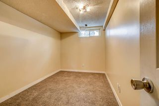 Photo 29: 834 68 Avenue SW in Calgary: Kingsland Semi Detached for sale : MLS®# A1059383