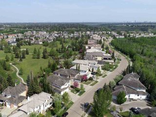 Photo 1: 730 BUTTERWORTH Drive in Edmonton: Zone 14 House for sale : MLS®# E4169977