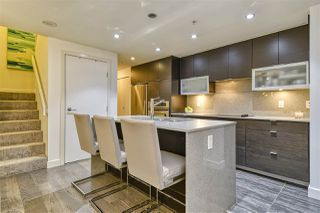 """Photo 6: 186 CHESTERFIELD Avenue in North Vancouver: Lower Lonsdale Townhouse for sale in """"Ventana"""" : MLS®# R2423323"""