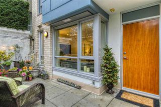 "Photo 18: 186 CHESTERFIELD Avenue in North Vancouver: Lower Lonsdale Townhouse for sale in ""Ventana"" : MLS®# R2423323"