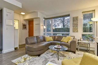 """Photo 2: 186 CHESTERFIELD Avenue in North Vancouver: Lower Lonsdale Townhouse for sale in """"Ventana"""" : MLS®# R2423323"""