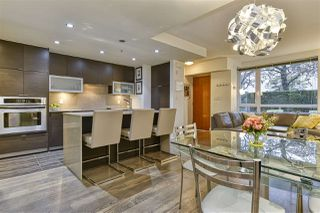 """Photo 5: 186 CHESTERFIELD Avenue in North Vancouver: Lower Lonsdale Townhouse for sale in """"Ventana"""" : MLS®# R2423323"""