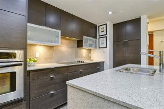 """Photo 9: 186 CHESTERFIELD Avenue in North Vancouver: Lower Lonsdale Townhouse for sale in """"Ventana"""" : MLS®# R2423323"""