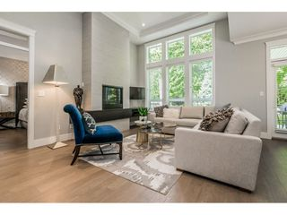 Photo 3: 30 15989 MOUNTAIN VIEW DRIVE in Surrey: Grandview Surrey Townhouse for sale (South Surrey White Rock)  : MLS®# R2391984