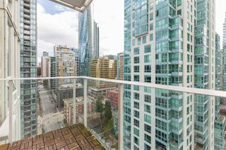 "Photo 7: 2102 1277 MELVILLE Street in Vancouver: Coal Harbour Condo for sale in ""FLAT IRON"" (Vancouver West)  : MLS®# R2445504"