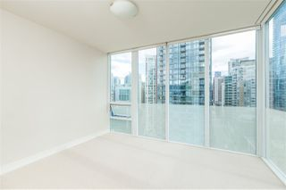 "Photo 18: 2102 1277 MELVILLE Street in Vancouver: Coal Harbour Condo for sale in ""FLAT IRON"" (Vancouver West)  : MLS®# R2445504"