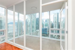 "Photo 11: 2102 1277 MELVILLE Street in Vancouver: Coal Harbour Condo for sale in ""FLAT IRON"" (Vancouver West)  : MLS®# R2445504"