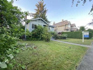 "Photo 2: 2015 W 44TH Avenue in Vancouver: Kerrisdale House for sale in ""KERRISDALE"" (Vancouver West)  : MLS®# R2469454"