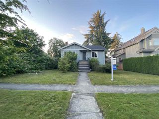 "Photo 3: 2015 W 44TH Avenue in Vancouver: Kerrisdale House for sale in ""KERRISDALE"" (Vancouver West)  : MLS®# R2469454"