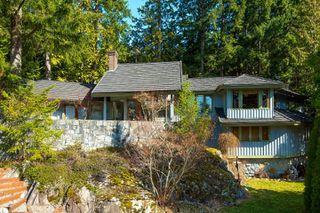 Main Photo: 4720 WOODLEY Drive in West Vancouver: Cypress Park Estates House for sale : MLS®# R2483595