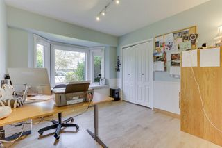 "Photo 3: 296 66A Street in Delta: Boundary Beach House for sale in ""BOUNDARY BAY"" (Tsawwassen)  : MLS®# R2483705"