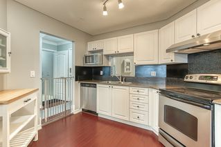 "Photo 2: 412 5759 GLOVER Road in Langley: Langley City Condo for sale in ""College Court"" : MLS®# R2489304"