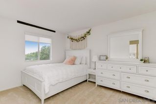 Photo 10: OCEANSIDE House for sale : 4 bedrooms : 1292 Cottonwood Drive