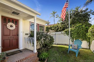 Photo 3: House for sale : 3 bedrooms : 1210 3rd Street in Coronado