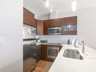 Photo 2: 402 13321 102A Avenue in Surrey: Whalley Condo for sale (North Surrey)  : MLS®# R2396345