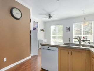 "Photo 5: 113 3098 GUILDFORD Way in Coquitlam: North Coquitlam Condo for sale in ""MARLBOROUGH HOUSE"" : MLS®# R2398699"