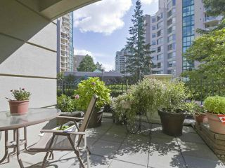 "Photo 10: 113 3098 GUILDFORD Way in Coquitlam: North Coquitlam Condo for sale in ""MARLBOROUGH HOUSE"" : MLS®# R2398699"