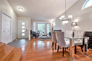Photo 9: 36 SUNVISTA Place SE in Calgary: Sundance Detached for sale : MLS®# C4267095