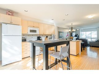"""Photo 8: 58 15168 36 Avenue in Surrey: Morgan Creek Townhouse for sale in """"The Solay"""" (South Surrey White Rock)  : MLS®# R2407745"""