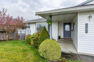 Photo 2: 8462 JENNINGS Street in Mission: Mission BC House for sale : MLS®# R2410781