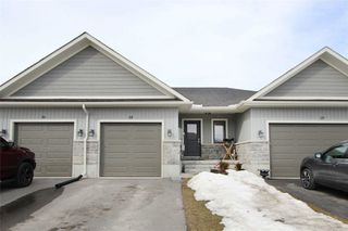 Photo 1: 18 Mavis Way in Belleville: House (Bungalow) for sale : MLS®# X4710639