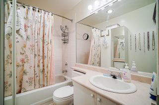 """Photo 13: 31 21960 RIVER ROAD Road in Maple Ridge: West Central Townhouse for sale in """"Foxborough Hills"""" : MLS®# R2447686"""