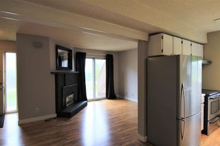 Photo 2: 26 4940 39 Avenue SW in Calgary: Glenbrook Row/Townhouse for sale : MLS®# C4302811
