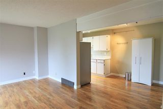 Photo 3: 26 4940 39 Avenue SW in Calgary: Glenbrook Row/Townhouse for sale : MLS®# C4302811