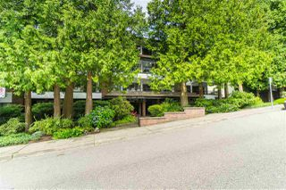 "Photo 1: 308 1319 MARTIN Street: White Rock Condo for sale in ""The Cedars"" (South Surrey White Rock)  : MLS®# R2473599"