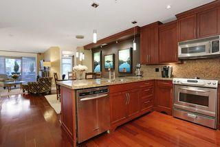 Photo 9: 207 15164 PROSPECT AVENUE: White Rock Home for sale ()  : MLS®# R2032759