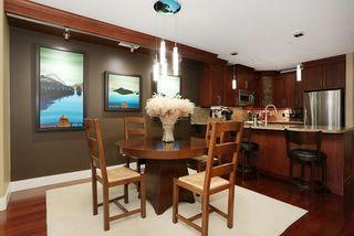 Photo 5: 207 15164 PROSPECT AVENUE: White Rock Home for sale ()  : MLS®# R2032759
