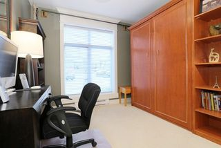 Photo 17: 207 15164 PROSPECT AVENUE: White Rock Home for sale ()  : MLS®# R2032759