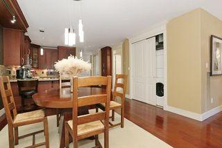 Photo 7: 207 15164 PROSPECT AVENUE: White Rock Home for sale ()  : MLS®# R2032759