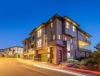 Photo 2: MISSION VALLEY Townhome for sale : 4 bedrooms : 2725 Via Alta Place in San Diego