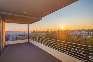 Photo 11: MISSION VALLEY Townhome for sale : 4 bedrooms : 2725 Via Alta Place in San Diego
